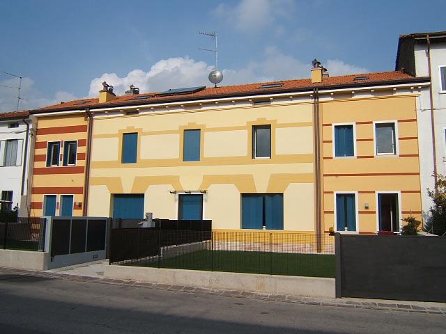 Palazzina 4 appartamenti impresa capobianco schio for Giardino 2 schio orari